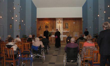 Wizytacja biskupia w kaplicy DPS w Lisówkach – 15 marca 2017